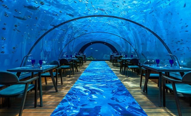 2017onderwaterrestaurant1